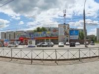Новосибирск, улица Комсомольская, дом 23А. магазин