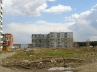 Новосибирск, улица Ключ-Камышенское Плато, дом 10. многоквартирный дом