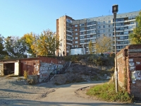 Novosibirsk, st Kurchatov, house 3. Apartment house