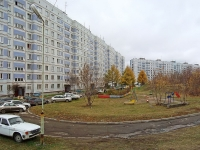 Novosibirsk, st Kurchatov, house 11. Apartment house