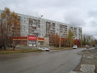 Novosibirsk, st Kurchatov, house 13. Apartment house