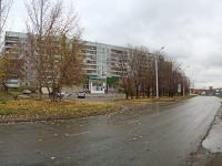 Novosibirsk, st Kurchatov, house 15. Apartment house