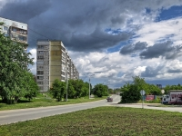 Новосибирск, улица Курчатова, дом 17. многоквартирный дом