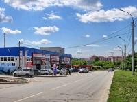 Новосибирск, улица Курчатова, дом 30. многофункциональное здание Автоцентр
