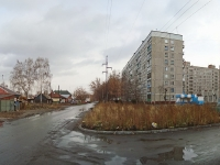 Novosibirsk, st Krasny Fakel, house 43. Apartment house