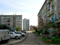 Novosibirsk, st Polyakova, house 1. Apartment house
