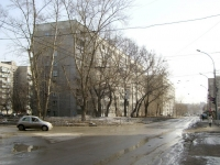 Novosibirsk, st Seleznev, house 26. Apartment house