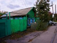 Novosibirsk, st Saratovskaya, house 22. Private house