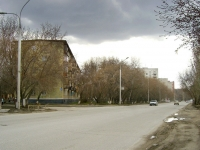 Новосибирск, улица Макаренко, дом 2. многоквартирный дом