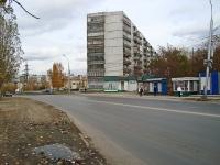Новосибирск, улица Макаренко, дом 5. многоквартирный дом