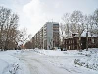 Новосибирск, улица Макаренко, дом 19. многоквартирный дом
