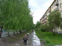 Novosibirsk, st Ob'edineniya, house 33. Apartment house
