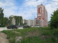 Novosibirsk, Oleko Dundich st, house 15. Apartment house