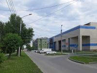 Новосибирск, улица Учительская, дом 2А. многофункциональное здание