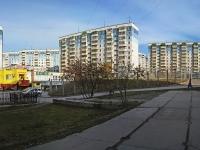 Новосибирск, улица Лазурная, дом 18. многоквартирный дом