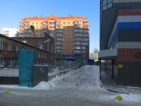 Новосибирск, улица Сакко и Ванцетти, дом 40. многоквартирный дом