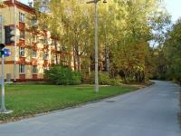 Новосибирск, улица Мальцева, дом 1. многоквартирный дом