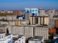 Новосибирск, улица Ломоносова, дом 61. многоквартирный дом
