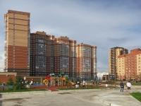 Novosibirsk, st Tyulenin, house 28. Apartment house