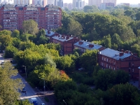 Novosibirsk, st Topolevaya, house 8. Apartment house