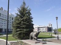 Perm, sculpture «Легенда о Пермском медведе»Lenin st, sculpture «Легенда о Пермском медведе»