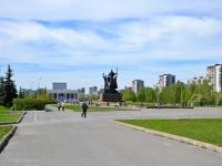 彼尔姆市, 纪念性建筑群 «Героям фронта и тыла» Lenin st, 纪念性建筑群 «Героям фронта и тыла»