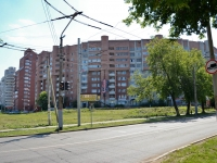 Perm, 25th Oktyabrya st, house 24. Apartment house