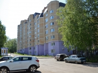 Perm, Lebedev st, house 32. Apartment house