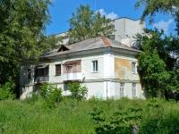 Пермь, улица Танкистов, дом 18. многоквартирный дом