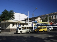 Rostov-on-Don, Voroshilovsky avenue, house 21. Apartment house with a store on the ground-floor