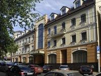 Ростов-на-Дону, улица Суворова, дом 22. многоквартирный дом