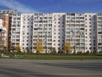 Rostov-on-Don, Kosmonavtov avenue, house 42. Apartment house