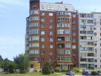 Rostov-on-Don, Kosmonavtov avenue, house 44. Apartment house