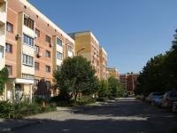 Ростов-на-Дону, улица Кривоноса, дом 10. многоквартирный дом