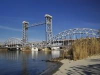 Rostov-on-Don, avenue Sivers. bridge