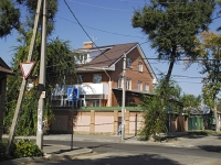 Rostov-on-Don, st 6th Liniya, house 38. Private house