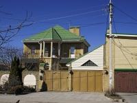顿河畔罗斯托夫市,  , house 110. 别墅