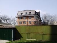 Ростов-на-Дону, Молодогвардейский переулок, дом 66. многоквартирный дом