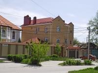 Rostov-on-Don, st Plekhanov, house 88. Private house