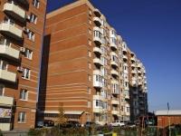 Bataysk, st Rechnaya, house 110 к.2. Apartment house