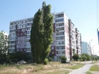 塔甘罗格, Chekhov st, 房屋 340. 公寓楼