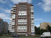 Taganrog, Syzranov st, house 12. Apartment house