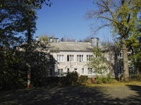 Azov, Zoi Kosmodemianskoy avenue, house 90А. Apartment house