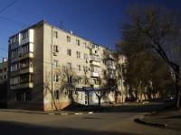 Азов, Красноармейский переулок, дом 76. многоквартирный дом
