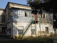 Азов, улица Измайлова, дом 58 к.1. больница