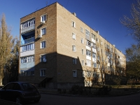 Азов, Коллонтаевский переулок, дом 102А. многоквартирный дом