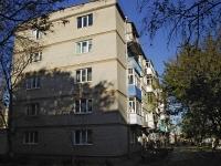 亚速海, Vasiliev st, 房屋 77. 公寓楼