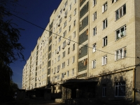 Azov, Sevastopolskaya st, house 27. Apartment house