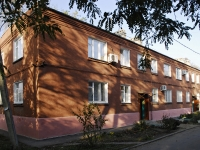 Azov, Chernomorsky alley, house 73. Apartment house