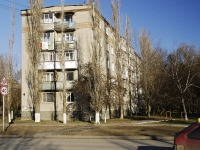 Azov, Chernomorsky alley, house 79. Apartment house